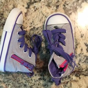 Toddler high top Converses Size 5 in purple/grey